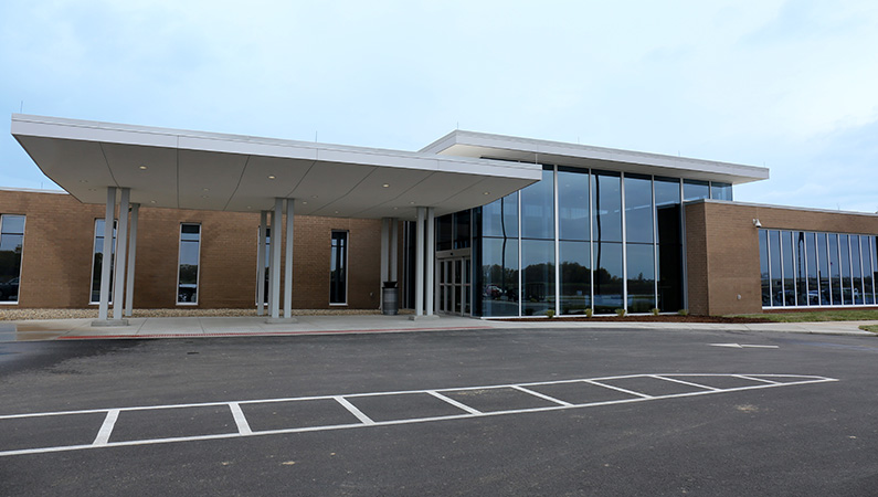 Building exterior of brick and glass medical facility in Carlinville, Illinois