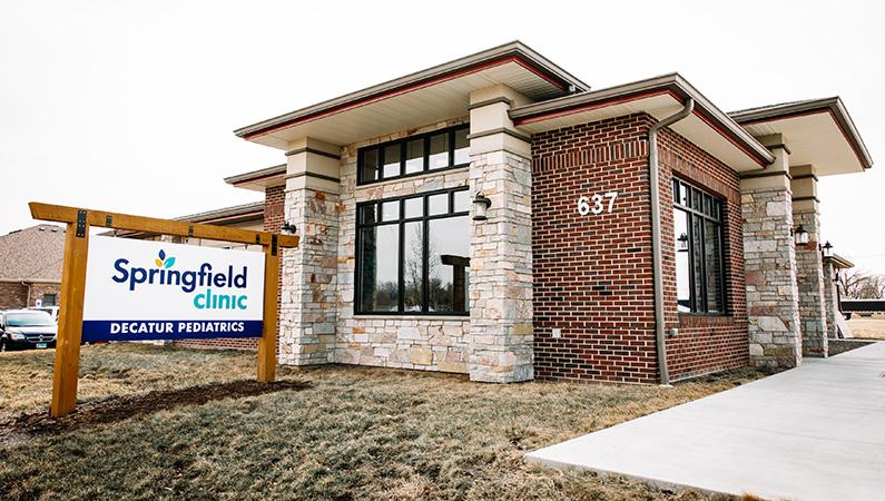 Exterior of Springfield Clinic Decatur Pediatrics building