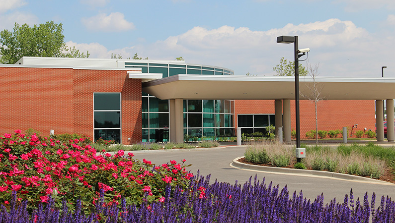 Red brick exterior medical office facility in Lincoln, Illinois