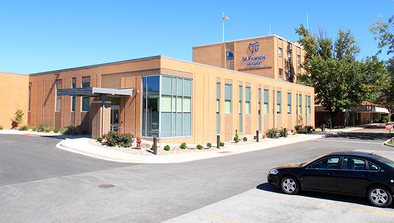 Brick exterior hospital building in Litchfield, Illinois