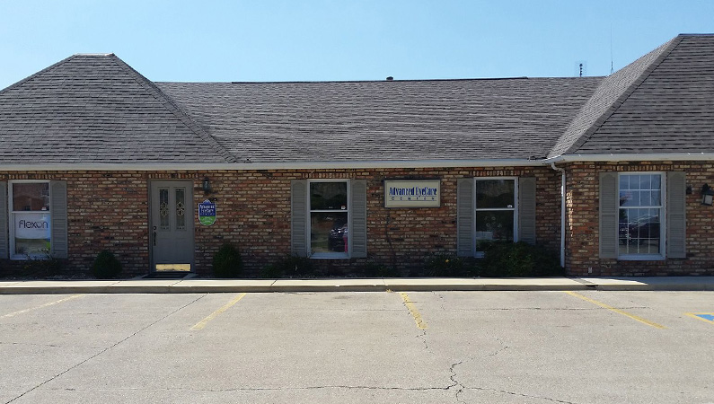 Exterior brick building of Advanced Eye Care in Taylorville, Illinois