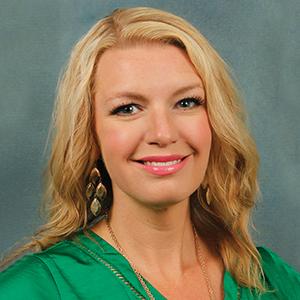 Female orthopedics nurse practitioner headshot
