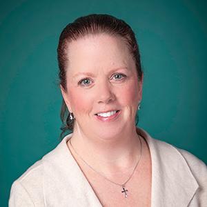 Female nephrology nurse practitioner headshot